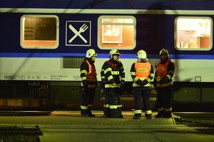 Tragédie na hlavním nádraží: Vlak srazil chodce. Přecházel, kde neměl