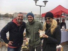 Celebrity na síti: Taťána si s Ondřejem pochutnala na vývaru a Marta Jandová jako Meat Loaf