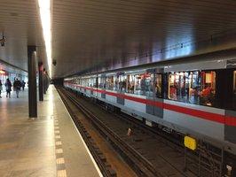 Tajemství metra Vyšehrad: Původně měla Nuselským mostem jezdit tramvaj