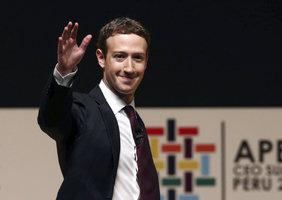 Šéf Facebooku radil lídrům: Připojte lidi k internetu, miliony uniknou chudobě