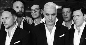 Rammstein po vyprodaných koncertech plní i sály kin