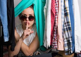 8 tipů, které udrží v šatně pořádek. Vyzkoušejte je!