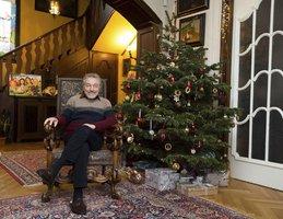 Karel Gott si užívá Vánoce: Fanouškům poslal sváteční pozdrav!
