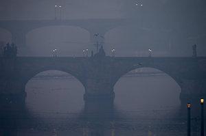 Praha slibovala při smogu MHD zdarma, teď couvá. Na co se vymlouvá?