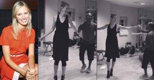 Karolína Kurková se vrhla na tanec: Při salse rozvlnila své ultraštíhlé tělo
