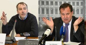 """Češi """"lobbovali"""" v Bruselu za dražší roaming, tvrdí Niedermayer. Mládek se brání"""