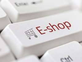 Češi na webu hojně nakupují oblečení, kosmetiku i počítače. Zájem je i o léky