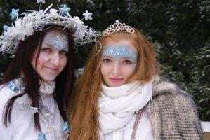 Vezměte děti v neděli do pohádkového lesa. Mohou pomoci Sněhové královně