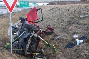 Smrtící nehoda na D1: Auto skončilo ve škarpě, spolujezdec zahynul