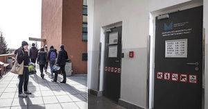Lidé se bouří proti imigračnímu centru na Dědině: Bojí se o děti a bezpečnost