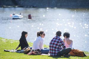 Teploty opět trhají rekordy: V Mostě naměřili 26 stupňů Celsia