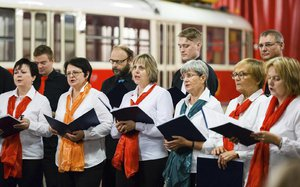 Řidiči MHD překvapují: Takto krásně zpívají hit ABBY i Ave Maria