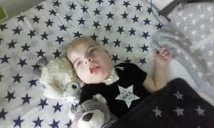 Jen 10 na světě: Maxík trpí vzácným syndromem. Homola z Wohnoutů mu poslal 120 tisíc