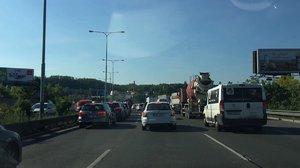Doprava v Praze ráno zkolabovala: Zavřené byly dva tunely