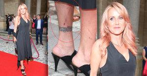Šok na luxusní party ve Varech: Krvavé šrámy na rudém koberci!
