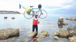 Moderátor Frekvence 1: Týden vysílal z kola! Ujel 800 kilometrů