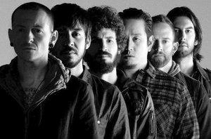 Zemřel zpěvák Linkin Park Chester Bennington (†41): Poslechněte si jejich největší hity!