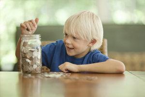 Za domácí práce dětem neplaťte! Dláždíte si cestu do pekel, varují odborníci