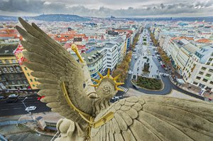 Takhle pražské památky nikdy neuvidíme! Martin Frouz fotí jejich opravy už 15 let
