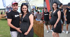 Těhotná Vojtková s břichem jako buben: Strach z porodu přirozenou cestou