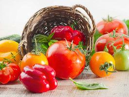 Jak usušit nebo zamrazit rajčata i papriky, abyste si na nich pochutnali i v zimě
