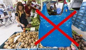 Revoluce v nakupování? Na trzích v Holešovicích nedostanete plastový sáček