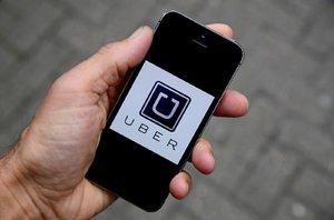 Soud smetl zákaz Uberu: V Brně může opět vyjet do ulic