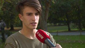 Tenhle fešák je syn cvičitelky Kynychové! Filip bude moderovat pořad pro youtubery
