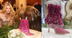Světoznámý návrhář Manolo Blahnik navrhl obuv pro naše hlavní město: Jak vypadá bota pro Prahu?