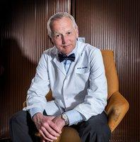 Uznávaný kardiochirurg prof. MUDr. Jan Pirk: Vánoční stres? Existuje jen jeden lék!