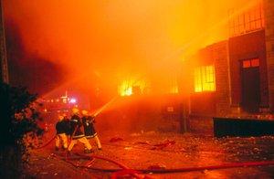 Ohnivé peklo v portugalském klubu: Požár při karetním turnaji zabil 8 lidí