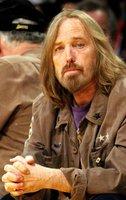 Příčina smrti rockera Toma Pettyho odhalena: Omylem se předávkoval léky!