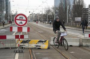 """Co bude s """"Libeňákem""""? Praha se přiklání k variantě stavby úplně nového mostu"""