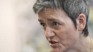 Eurokomisařka se pere s Googlem a Applem: Giganti nehrají vždy fér