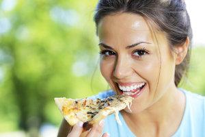 Pizza k snídani je zdravější než cereálie, tvrdí odborníci! Co vy na to?