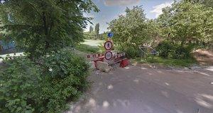 Cyklostezka u Vltavy se na měsíc uzavřela. Probíhá údržba a ošetření stromů
