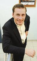 Odpadlík z Tváře Vondráček dozpíval i dotančil: V noze má 8 šroubů!