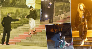 Český lev znovu padal a klopýtal: Zrádné schody Rudolfina potrápily i Bartoškovu manželku