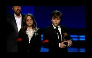 Děti Michaela Jacksona šokovaly svým projevem na Grammy!