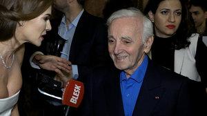 Zemřel Charles Aznavour (†94): Slavný šansoniér vrkal v Praze s Verešovou! Co řekl Gott?