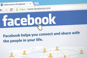 Víte o zneužití osobních dat? Facebook vám zaplatí, když to nahlásíte