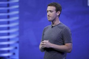 Byla to má chyba, kaje se Zuckerberg za průšvih Facebooku s údaji uživatelů