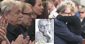 Náhlovský na pohřbu Mladého (†63): Dojemná zpověď, která hrne slzy do očí!