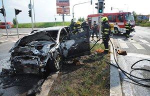 Tragické ráno na silnicích: Dva mrtví u Plzně, řidič (†21) zemřel na Kroměřížsku
