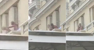 Milenci měli sex na balkoně: Neudrželi rovnováhu a zřítili se!