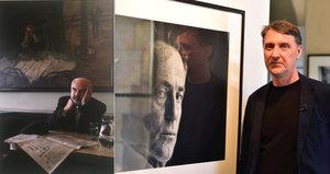 Forman, Havel i Ledecká objektivem legendy: Výstava Tváře Česka mapuje tvorbu fotografa Herberta Slavíka