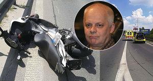 Bob Klepl měl nehodu! Srazil se na motorce s autobusem!