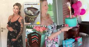 Těhotná Mesarošová v 7. měsíci: Cpe se sladkostmi a ujíždí na kakau!