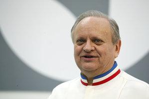 Zemřel šéfkuchař století a držitel 27 michelinských hvězd Joël Robuchon