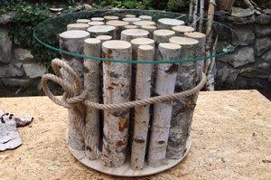 Vyrábíme s Láďou Hruškou: Konferenční stolek z březových polínek se skleněnou deskou